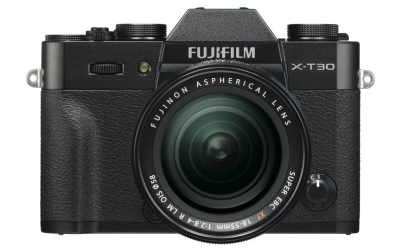 Fuji X-T30 + XF 18-55/2,8-4,0 R black Kit