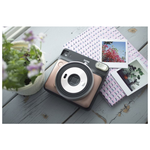 Fuji Instax Square SQ6 blush gold