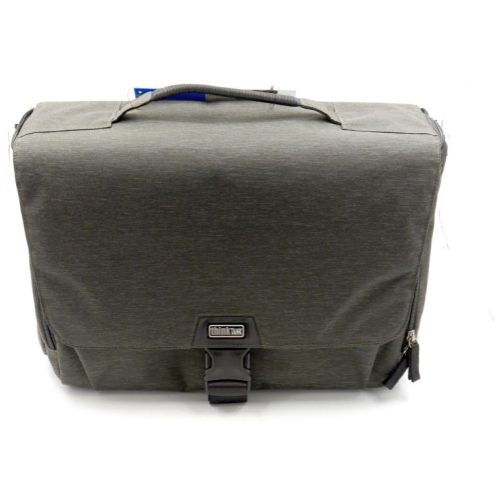 thinkTANK Vision 15 dark olive